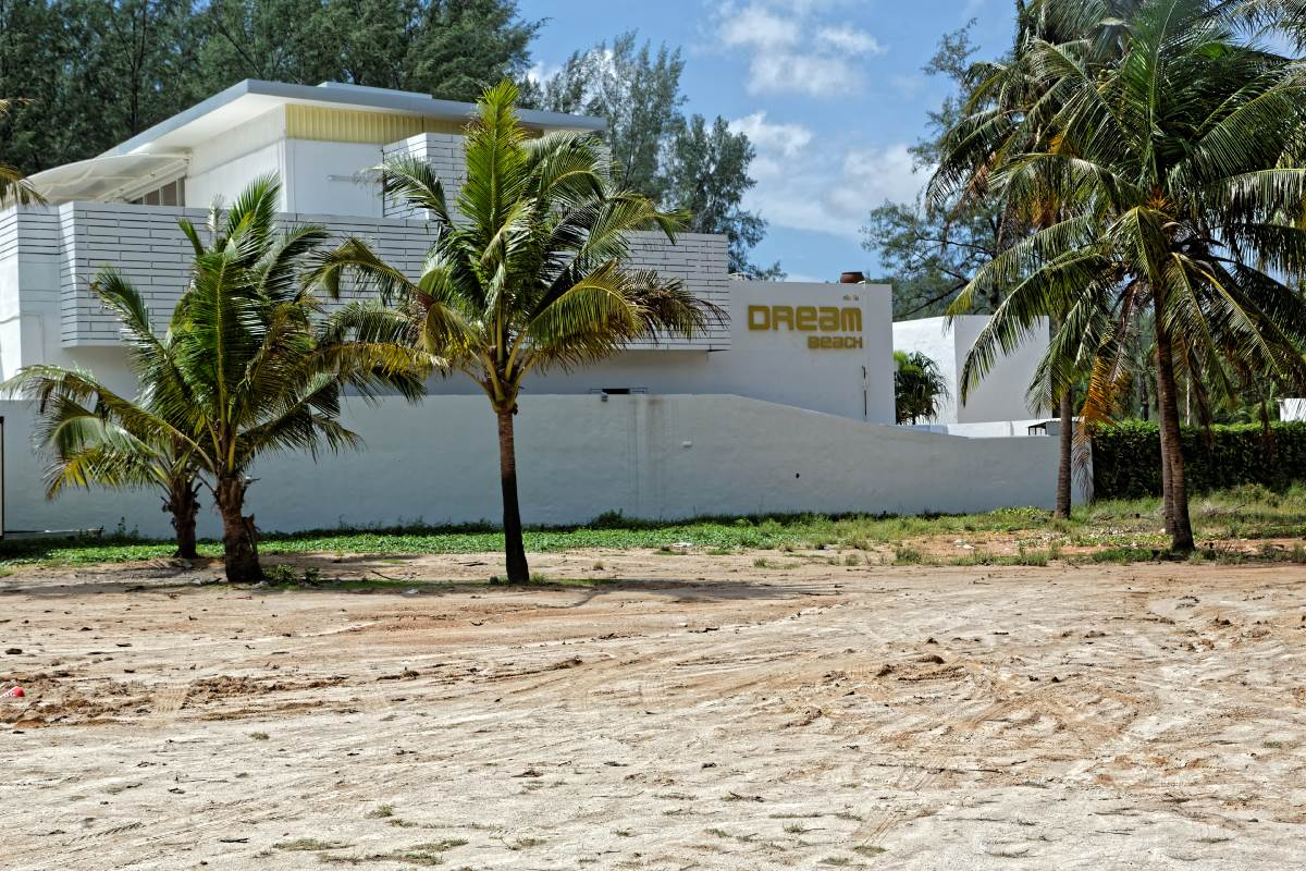 Dream Beach Club | Layan Beach