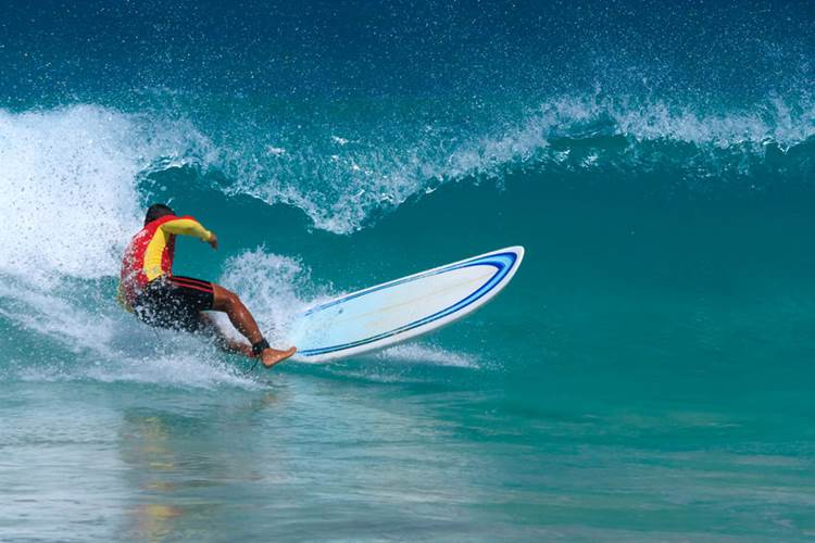 best phuket surfing beaches