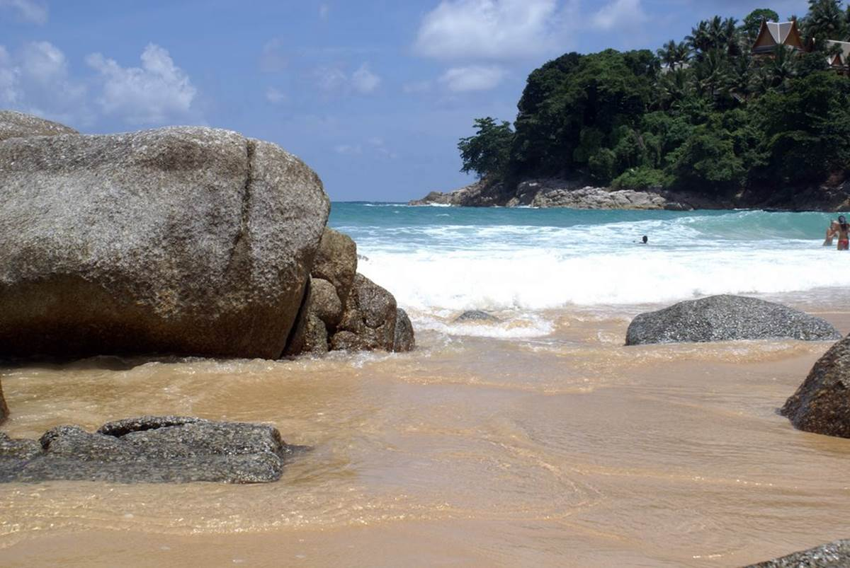 Laem Singh Beach   Stones on the beach