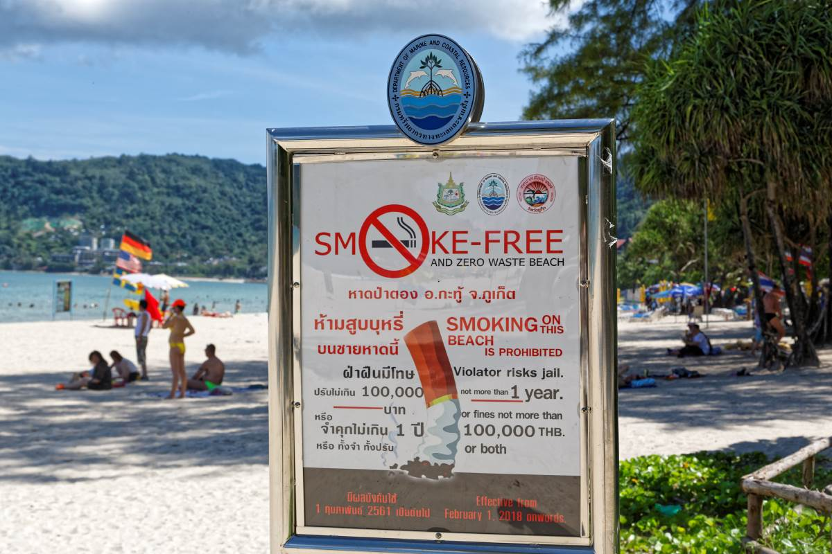 Patong Beach   Smoking Prohibited Sign