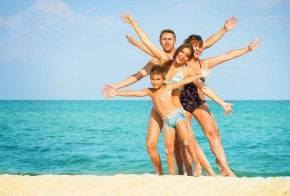 Top Phuket Beaches for families with kids (ages 12-18)