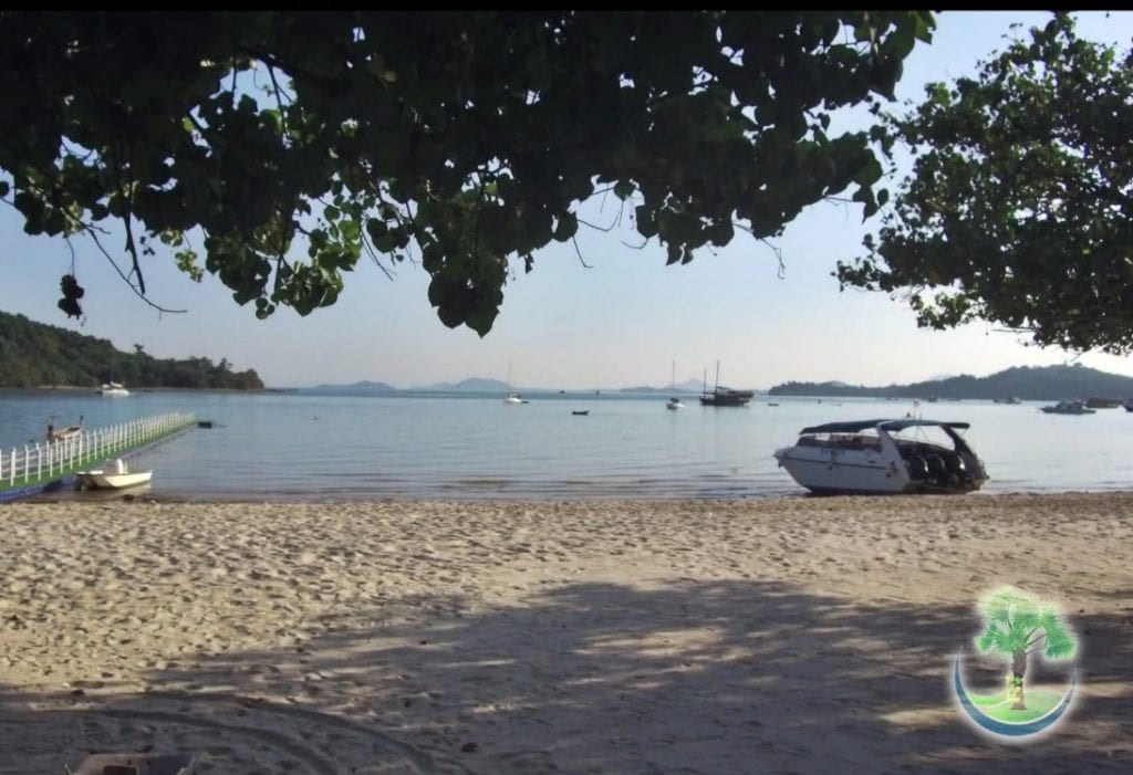 Shadow under trees @ Chandara Beach Phuket