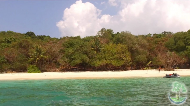 Koh Bon Island Beach View