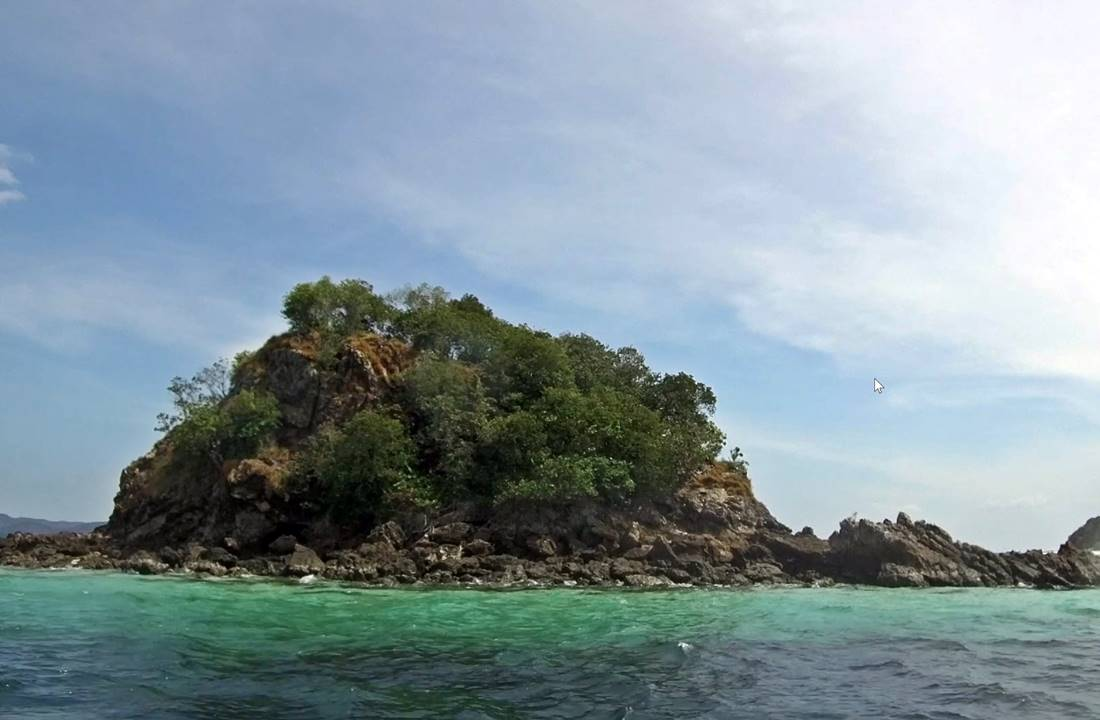 View from the sea of Koh Khai Nai Island