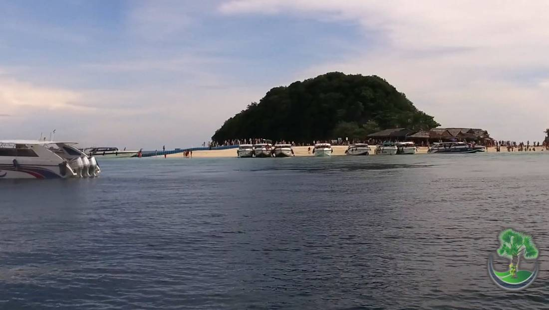 View from the sea of the beach area on Koh Khai Nok Island